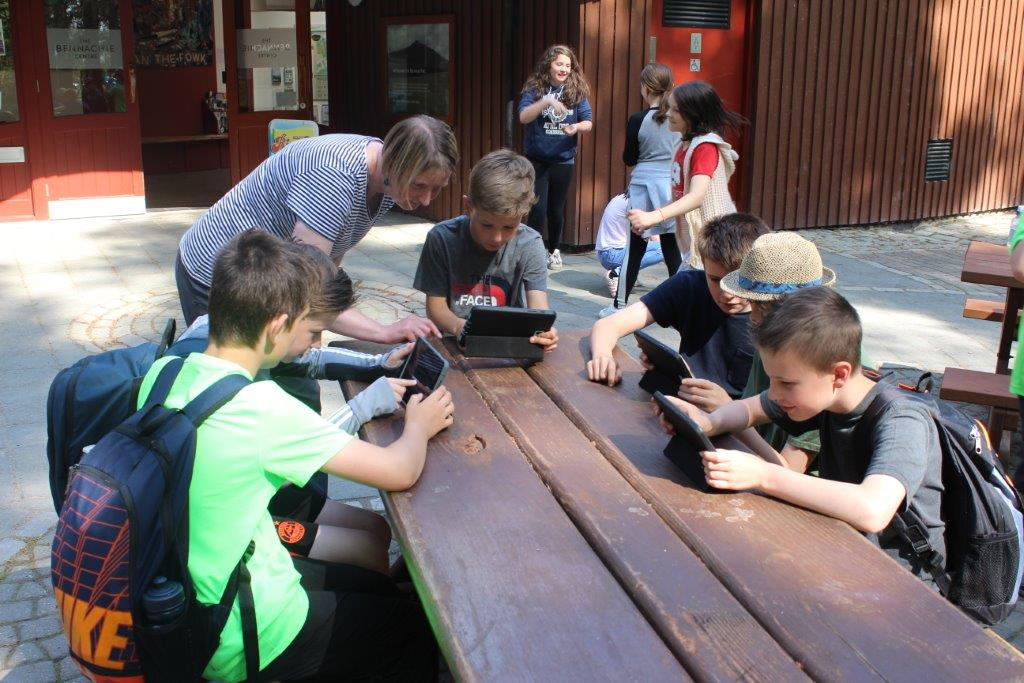Pupils from Insch Primary School at the Bennachie Centre